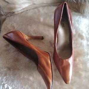 Pelle Moda Gradient Tan Leather Pumps Heels 8